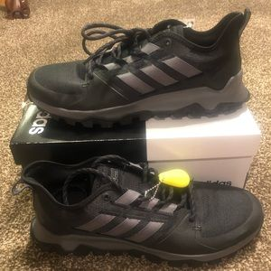 Men's Adidas Shoes Size 11